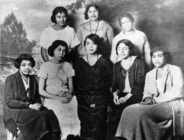 Charter members of Kappa Chapter, Delta Sigma Theta Sorority, UC Berkeley, 1921. First Black Greek sorority west of the Rockies. Photo courtesy of Vivian Marsh.